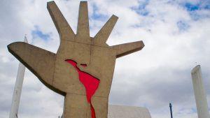 Monumento-America-Niemeyer-Brasil-Paulisson_CYMIMA20160402_0002_16